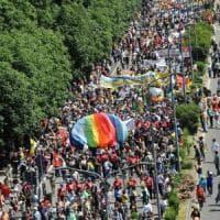 """Marcia per i migranti, Milano non si ferma: """"Adesso cambiamo la legge Bossi-Fini"""""""