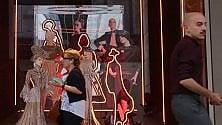 Le vetrine diventano  icone: look speciale in  Rinascente per i 100 anni