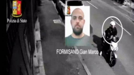Milano, il pappagallo tradisce il capo della banda dei falsi poliziotti dell'Antiterrorismo