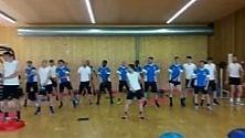 Tormentone Papu Dance Entra nel programma d'allenamento, così l'Atalanta suda e balla