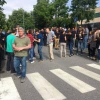 Bergamo, licenziata la neomamma: sciopero immediato di tutti i 230 lavoratori della fabbrica
