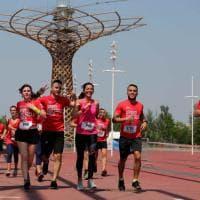 Milano, Expo si trasforma in un percorso a ostacoli: la corsa dei 3mila ai piedi dell'Albero della vita