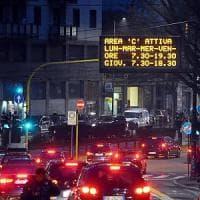 Traffico, più stazioni del metrò e nuove zone 30: Milano ripensa la mobilità
