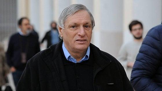 """Minacce di Riina a don Ciotti, il prete antimafia affronta il boss in aula a Milano: """"Non ho paura"""""""