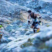 Brescia, la dipendente in malattia scalava le montagne di corsa: indagata per truffa