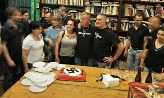 """Forza Nuova, nella sede di Milano la svastica sulla torta. Gli ebrei italiani: """"Sconcertante"""""""