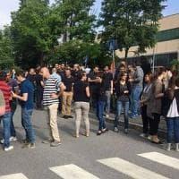 Bergamo, vince la battaglia la donna licenziata dopo la maternità: