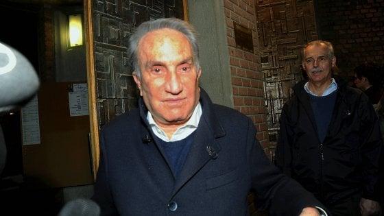 Milano, Emilio Fede condannato a 3 anni e mezzo per la bancarotta della società di Lele Mora