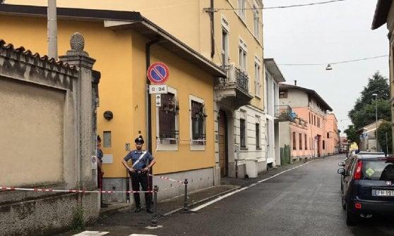 Busto Arsizio, uccide la moglie con 15 coltellate poi confessa: arrestato