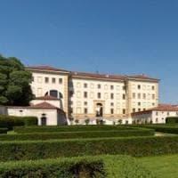 Pavia, nonnismo al collegio Borromeo: chiesti i danni allo studente. Il rettore mette al bando la goliardia