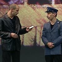 Milano, arrestato pusher amante del cabaret: sul citofono una citazione del trio Aldo, Giovanni e Giacomo