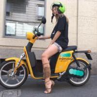 Milano, da settembre lo scooter sharing elettrico con prelievo e rilascio