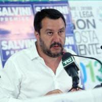 Como, Salvini contro la Feltrinelli su Twitter: