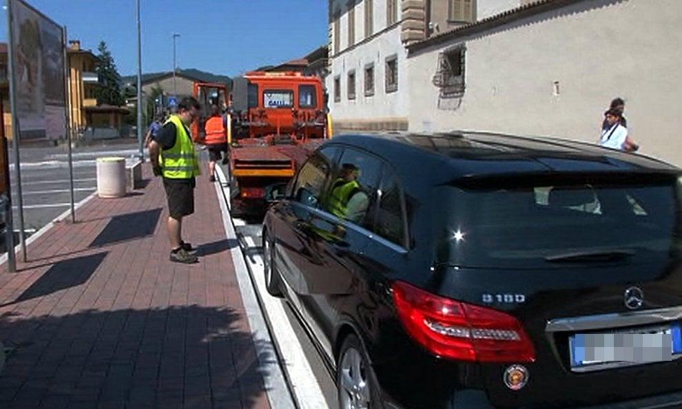 Bergamo, travolge in auto e uccide il suo aggressore: investigatori al lavoro