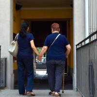 Milano, la badante si trova in farmacia: al via servizio incontro domanda/offerta
