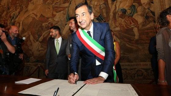 Il Sindaco di Milano, Beppe Sala indagato per appalti Expo: