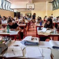 Milano, la prima prova è andata: dubbi e reazioni dei maturandi. Computer in tilt in un paio di scuole
