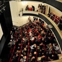 Milano, a teatro debutta il biglietto dinamico: prezzo influenzato da artisti,