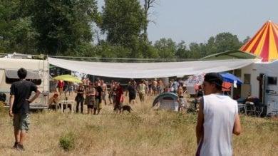 Vigevano, 21enne cade nel Ticino e annega durante un rave party. La festa va avanti