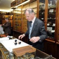 Milano, premiate altre 31 Botteghe storiche: la più antica è del 1919