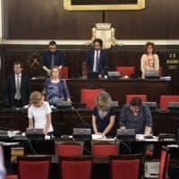 Milano, Sala non si presenta in aula a parlare delle inchieste, le opposizioni