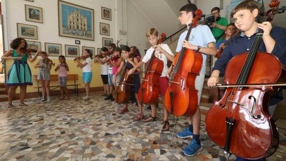 Inglese, sport, musica o teatro: ora la scuola apre anche di pomeriggio. Test in 122 istituti del Milanese