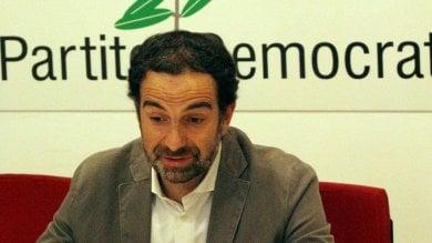 """Elezioni, il segretario Pd  non si dimette: 'Voltare pagina'. Maroni esulta:  """"Il modello Lombardia è vincente"""""""
