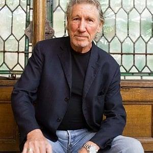 """Roger Waters accusato di plagio, il giudice di Milano: """"Il disco torni in commercio"""""""