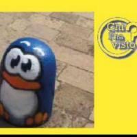 Scomparsi quattro pinguini dello street artist Pao, l'appello su Fb del