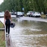 Maltempo, esonda il Seveso  Chiuse diverse strade, 58 pattuglie sul posto, ma la situazione migliora