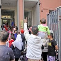 Milano, primarie Cadorna e via Paravia: il matrimonio difficile delle scuole degli stranieri