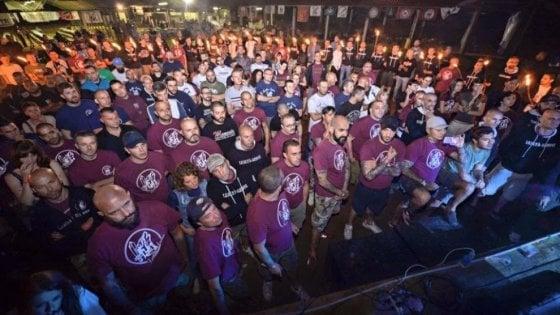 Il caso estivo della Festa del Sole dell'ultradestra: anche il sindaco di Bubbiano ritira la concessione