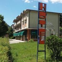 Brescia, due molotov lanciate contro un albergo che dovrebbe ospitare 35 profughi