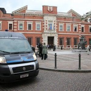 """Uccise la moglie in tribunale a Varese, ministero condannato: """"Doveva garantire sicurezza"""""""