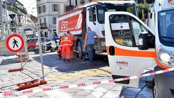 Milano, ciclista investito e ucciso da un camion nella zona del cantiere della M4