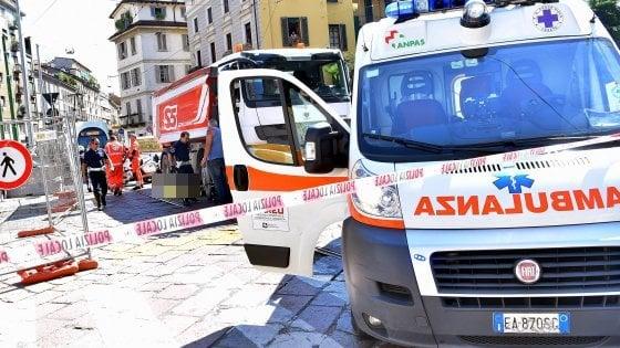 """Ciclista investito e ucciso a Milano: 980 feriti in un anno, 5 le vittime. Biker in presidio: """"Non si può morire così"""""""