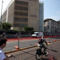 Milano, stop alle bici vicino ai cantieri. Il Comune: