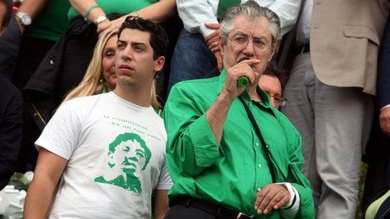 Spese personali con i soldi della Lega: 2 anni e 3 mesi a Umberto Bossi. Condannati anche il figlio Renzo e Belsito