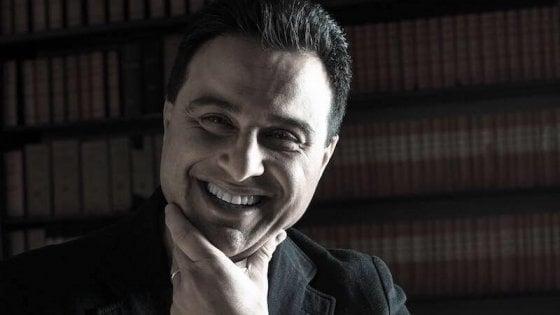 """Migranti, sindaco Pd del Varesotto in sciopero della fame: """"Troppi profughi, quote non rispettate"""""""