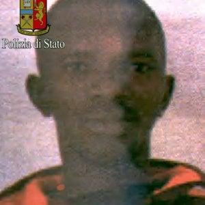 Accoltellò poliziotto in stazione Centrale a Milano: scarcerato il 31enne guineano