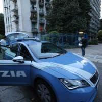 Milano, avvocata ferita a coltellate nel suo studio: colpita al collo e all'addome, è grave