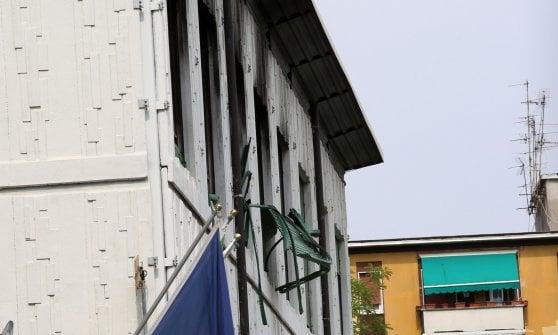Milano, sigillate le finestre della scuola abbandonata per fermare le occupazioni abusive