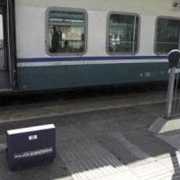 Controllore di Trenord accoltellato: lunedì 4 ore di sciopero sui treni