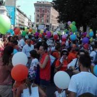 Milano, in 3mila alla marcia dei free vax contro l'obbligo dei vaccini:
