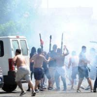 Calcio, scattano gli arresti per gli scontri prima dell'amichevole Brescia-