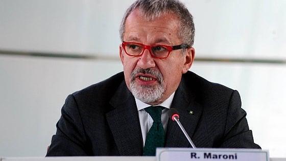 Referendum autonomia, Maroni acquista 24mila tablet per il voto elettronico: spesa complessiva 23 milioni