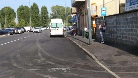 Milano, autobus della linea 66 va a fuoco: paura tra passeggeri ma nessun ferito