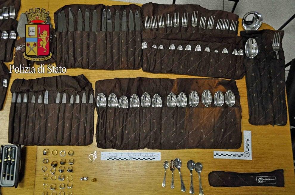 Milano, tre borsoni pieni di argenteria e gioielli rubati trovati in casa di un ricettatore