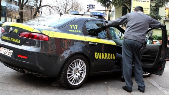 Lavoro in nero, blitz della guardia di finanza nel Bergamasco: personale pagato un euro all'ora