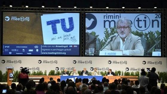 Lombardia sponsor del Meeting di Cl, Maroni spende 130mila euro pensando alle elezioni